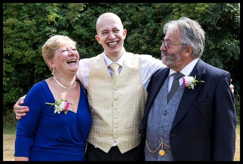 Groom with mum and dad.jpg