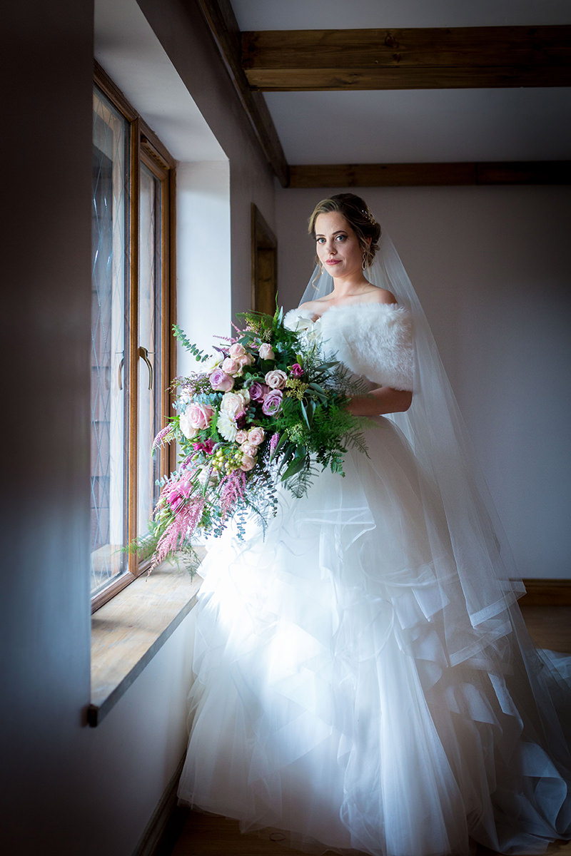 Bride by Cambridge Wedding Photographer - Peter Denness