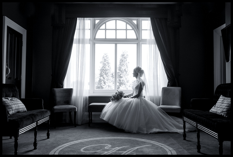 bride sitting in room at paddocks house