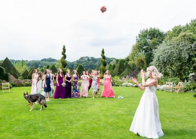 Chaucer Barn Wedding Bouquet Throw