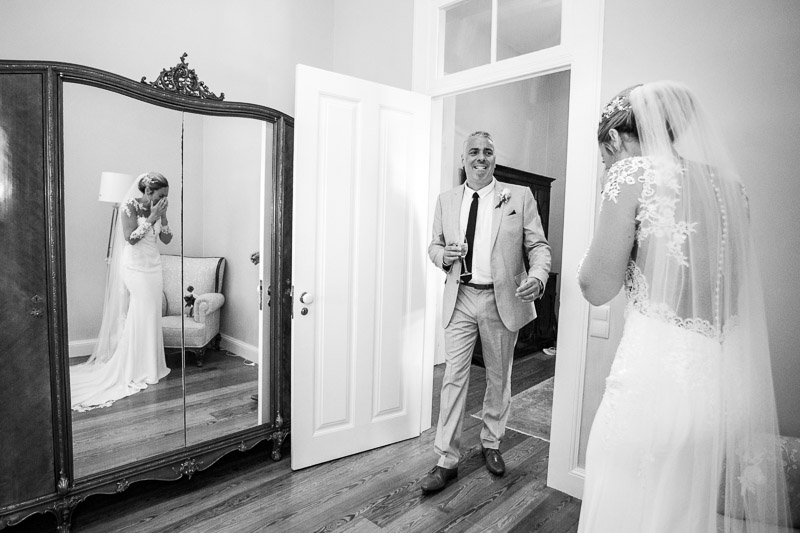 father of bride seeing bride for first time at Madeira wedding venue